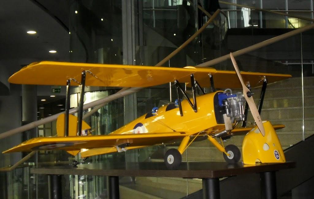 Mikołajkowa Wystawa Lotnicza na PP - SAM_2992.JPG
