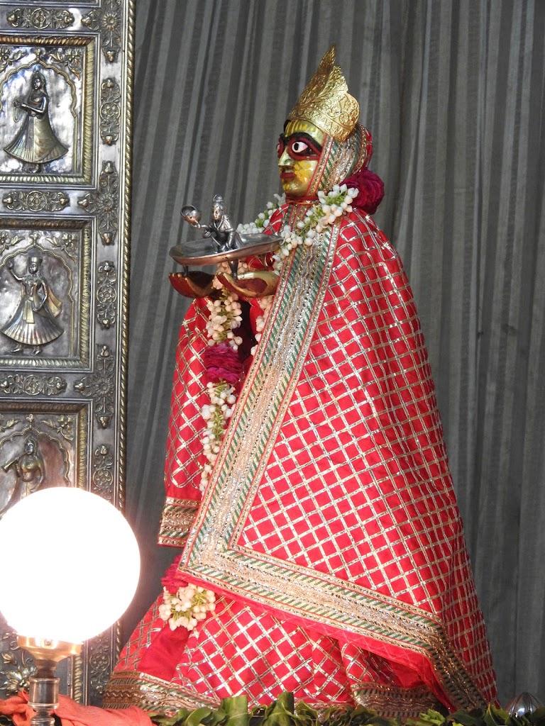 Radha Govind Devji Deity Darshan 16 August 2016 (26)