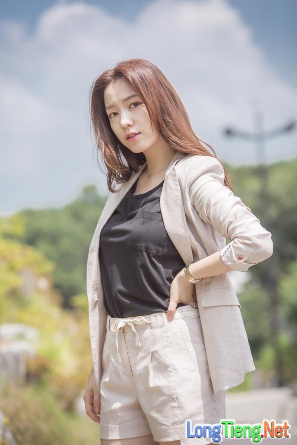 Khắc tinh T-ara Hwayoung liệu có phá nốt Age Of Youth 2? - Ảnh 3.