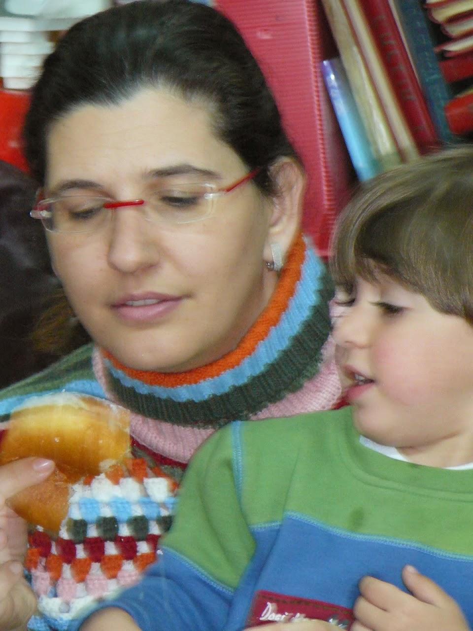 Hanukkah 2006  - 2006-12-15 06.52.50.jpg