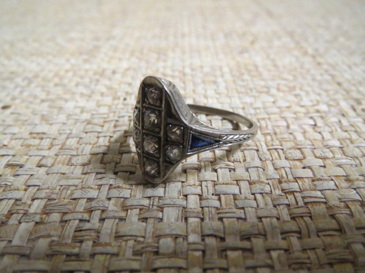 14K White Gold Vintage Ring