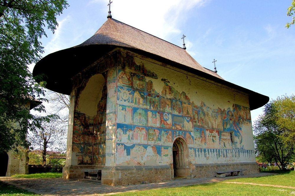 arbore-monastery-1