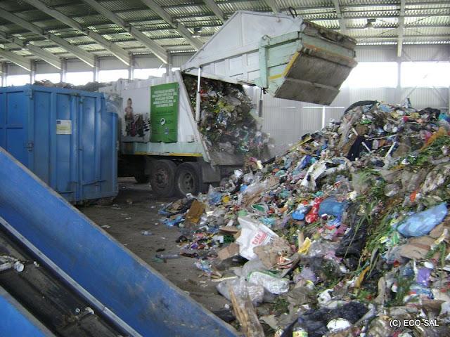 Staţia de sortare şi transfer a deşeurilor - 3.jpg