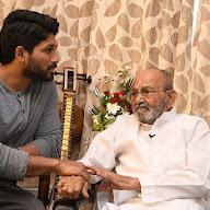 Allu Arjun Meet k Vishwanadh Garu