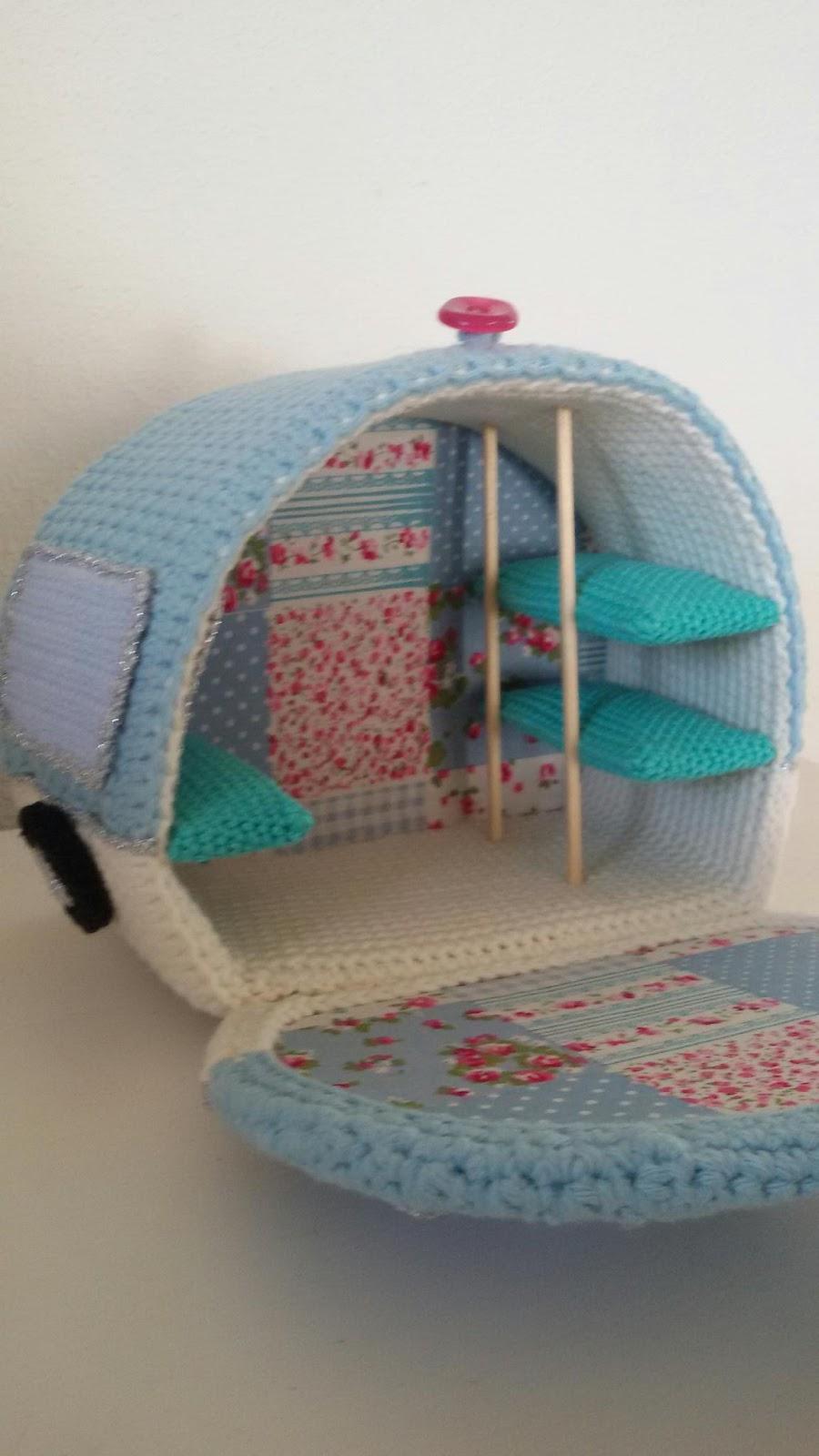 Handgemaakte Hebbedingetjes Caravan Haken Met Kate Bruning