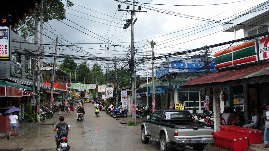 The junction outside our hotel and 7-Eleven on Koh Toa