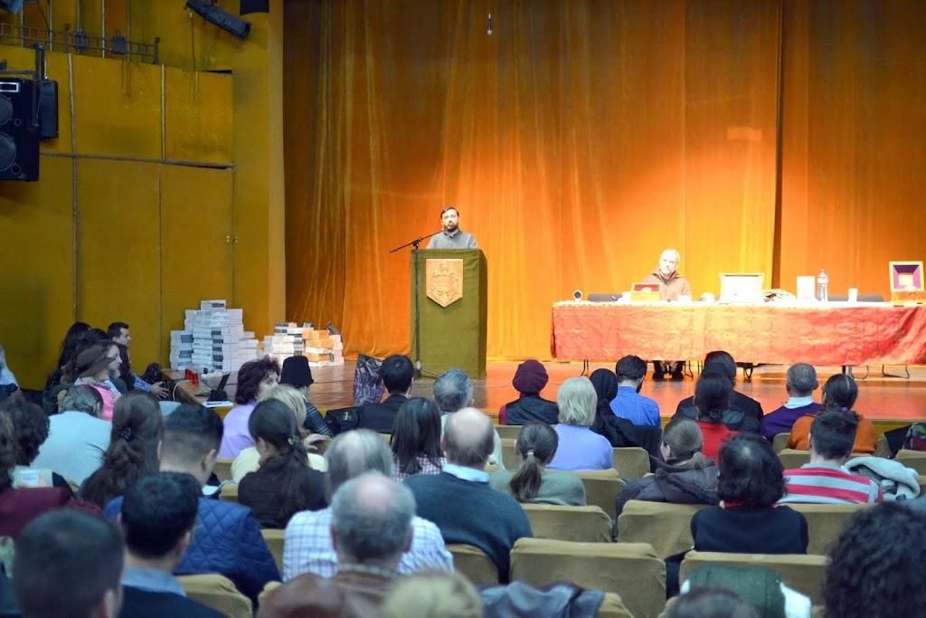 047 Avva Justin Parvu si Sfintii inchisorilor (Teatrul Luceafarul, Iasi, 2014.03.19)