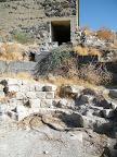 """מבנה צהל""""י על חורבות עתיקות"""
