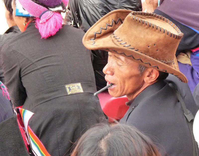 Chine. Yunnan.Shangri la Course hippique annuelle - P1250691.JPG