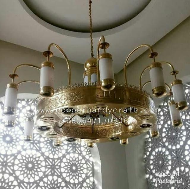 Ahli Lampu Kubah Masjid Kuningan - Kerajinan Lampu Masjid Tembaga - Lampu Gantung Masjid Tembaga - Lampu Gantung Masjid Kuningan - Replika Lampu nabawi Kuningan - Lampu nabawi Kuningan