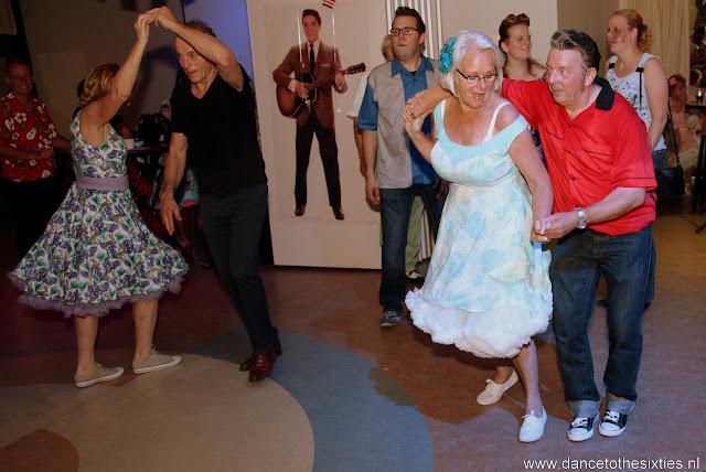Phil Haley  & his Comments bij 20 Jaar Dance to the 60's Rock n Roll Dansschool (214).JPG
