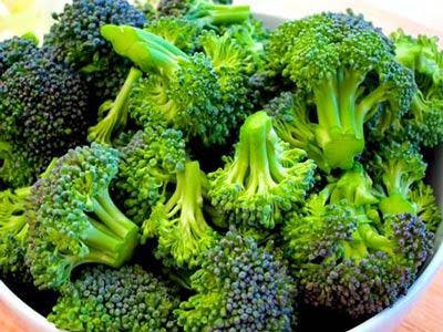 Kanser Savaşçısı Brokolinin Faydaları