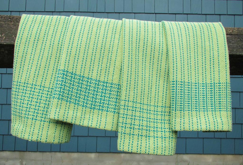 [towels%5B4%5D]
