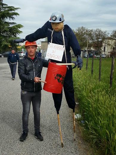 Il pupazzo-mascotte della Rabbia di Anagni