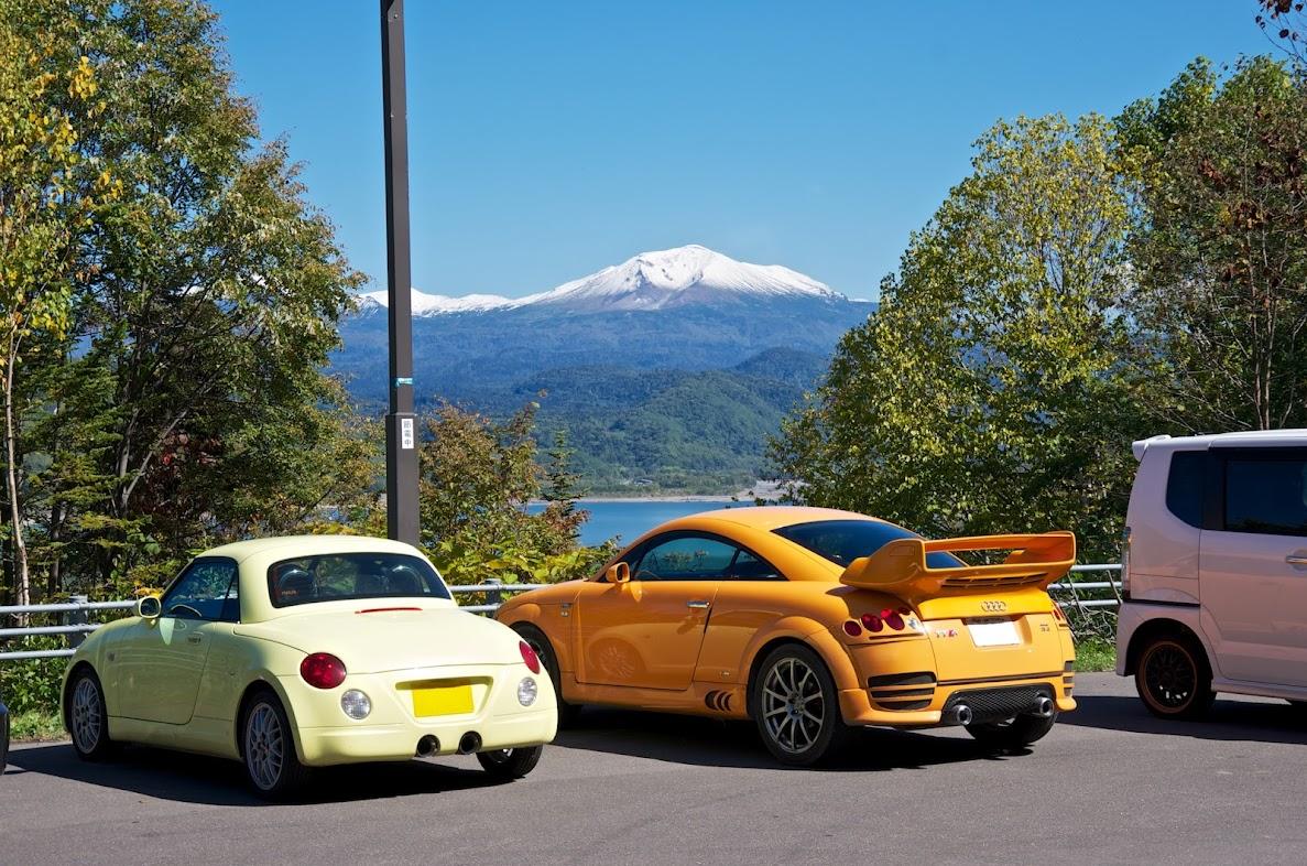 新雪をかぶった旭岳、きれいだなぁ〜