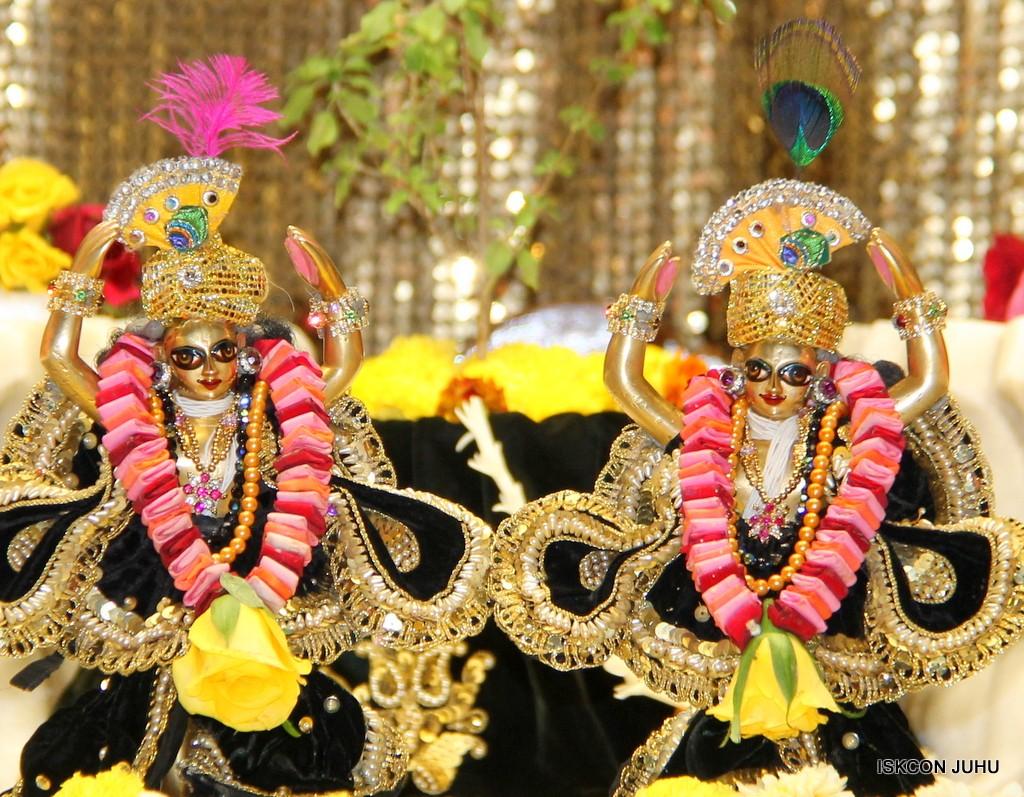 ISKCON Juhu Sringar Deity Darshan 7 Jan 2017  (39)