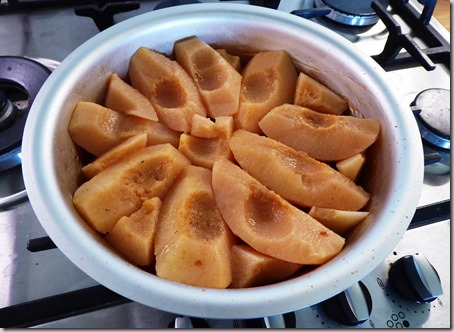 poached quince tarte tatin5