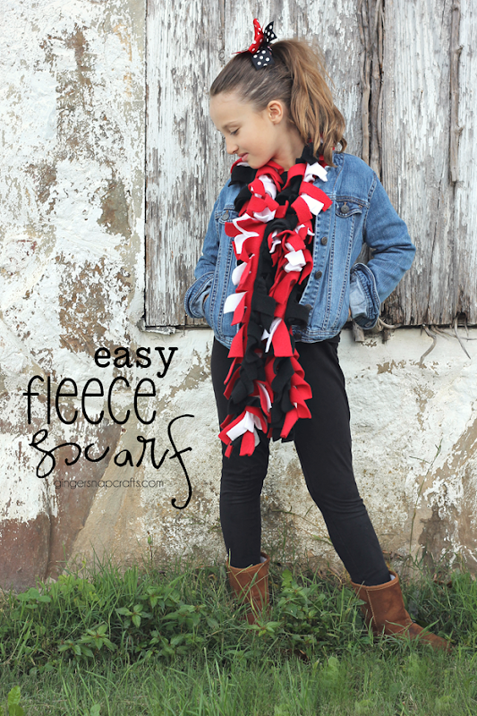 Easy Fleece Scarf at GingerSnapCrafts.com