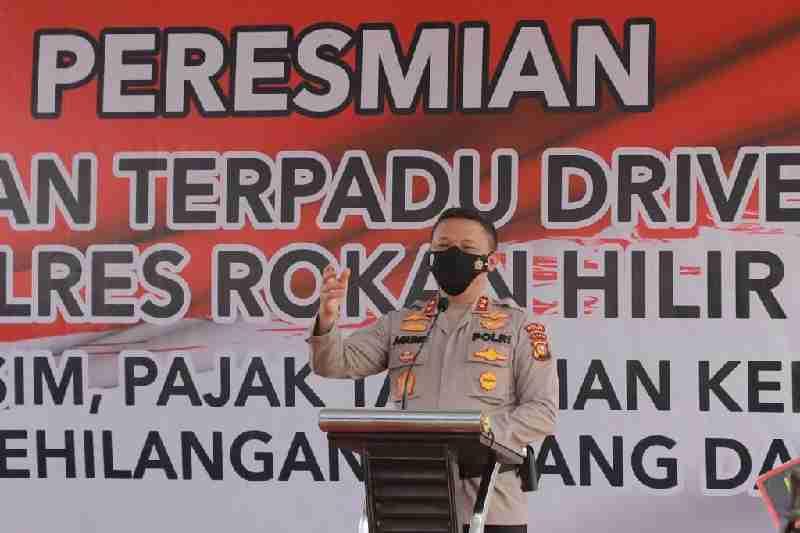 Resmikan Layanan Drive Thru Di Polres Rohil, Kapolda Riau Ajak Rohil Berlari Kencang.