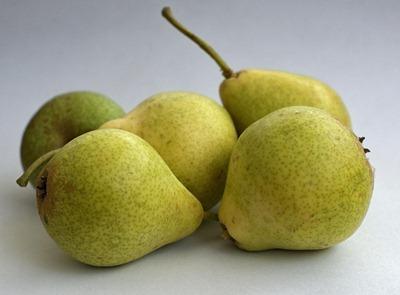 pears-1590865_1280