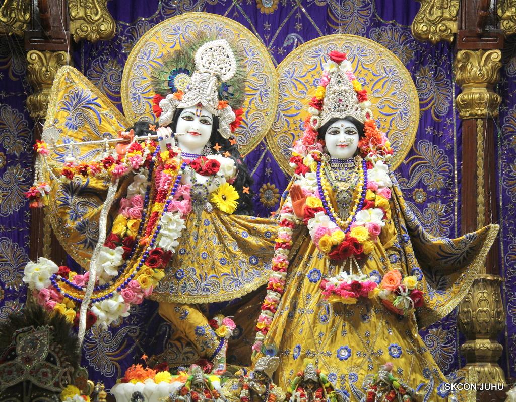 ISKCON Juhu Sringar Deity Darshan on 7th Sep 2016 (60)