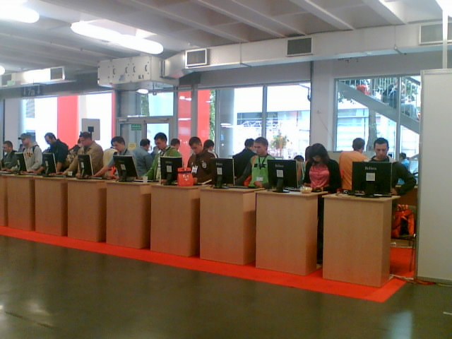 Allegro Internet Cafe