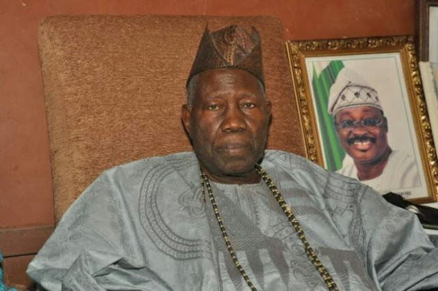 Don't Drag Me Into Partisan Politics – Olubadan Replies Ajimobi