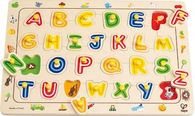 Bộ Ráp hình Chữ cái Hape ABC Matching Puzzle cho trẻ trên 3 tuổi