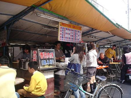 北港-東陽香菇肉羹小吃 還有蒜香滷肉飯