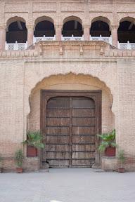 A door of Haveli Dhyan Singh