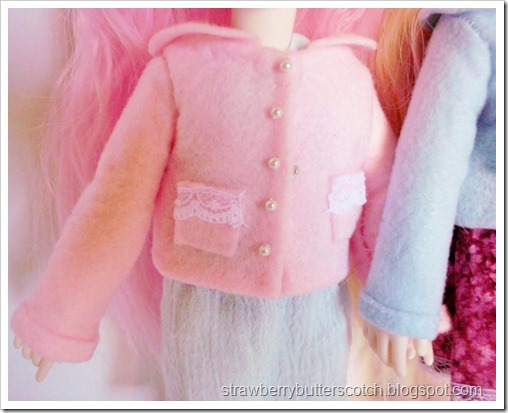 Cute little doll coats made of craft felt.