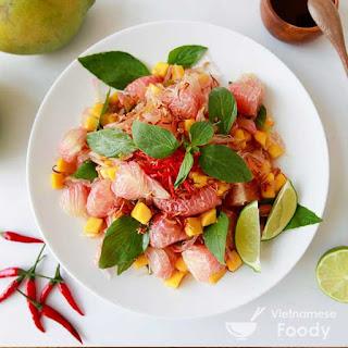 Vietnamese Pomelo Salad (Goi Buoi Recipe)