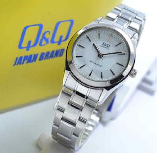 jam tangan Q&Q Q933J201Y silver chain white