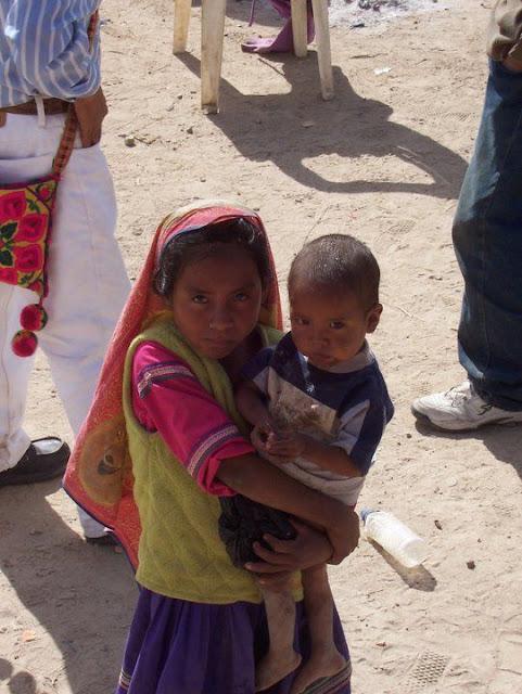 Fundacion Clinica de Medicina Indigena DIC.09 - 148556_158663837501989_100000751222696_251354_6873684_n%255B1%255D.jpg