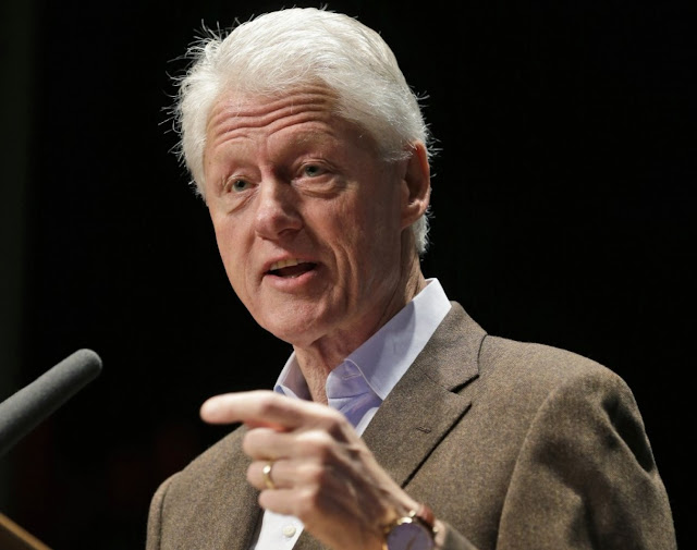 Former White House aide says Clinton has dementia