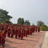 2016年6月7日蔣貢康楚仁波切尼泊爾普拉哈里寺於世界環境日進行淨山、鄰近社區環境清潔及植樹活動