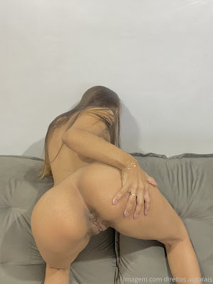 Cami Brito video porno pelada batendo siririca