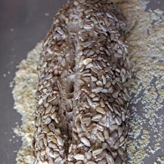 No-Knead Sunflower Seed Bread Recipe