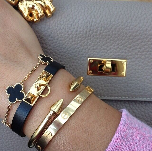 SIMPLE BANGLES YOU LOVE TO WEAR FOR WOMEN IN SUMMER 9