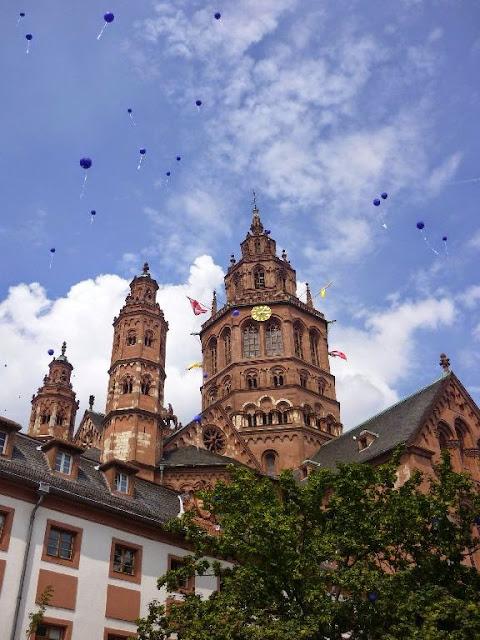 1000 Jahre Mainzer Dom 2009 - P1000617.JPG