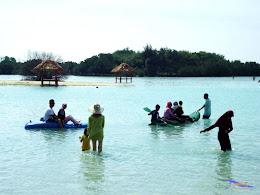 family trip pulau pari 090716 Fuji 074