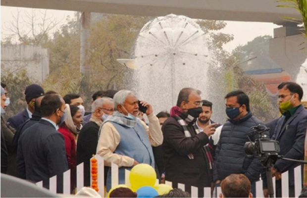नीतीश कुमार ने लगाई डीजीपी की क्लास, कहा- फोन उठाने के लिए आदमी रखें