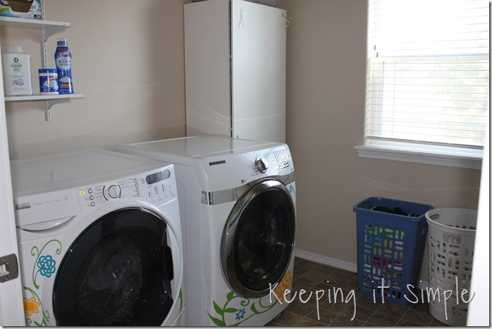 #ad Easy-and-simple-ways-to-organize-your-laundry-room #TotalBleachControl (30)