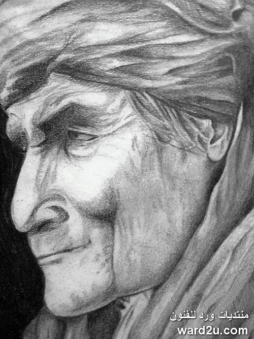 رجل عجوز رسم بالقلم الرصاص