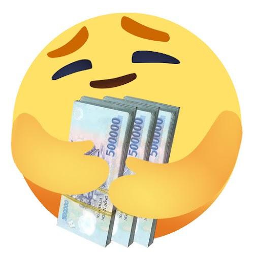 Ảnh chế Facebook reaction Thương Thương yêu tiền