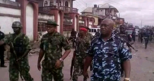 BREAKING NOW!!! IT'S NOW OFFICIAL NIGERIAN ARMY ARE COMING TO COMMITE ANOTHER GENOCIDE IN IGBOLAND AS 17,000 LIVE BOMBS ARE FOUND IN A HOUSE IN OWERRI.. SEE