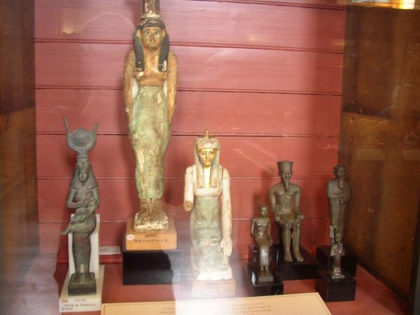 Statues, Egyptian Magic