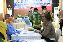 Kapolres Pasuruan Dampingi dan Beri Semangat 460 Anggota Jalani Vaksinasi Covid-19