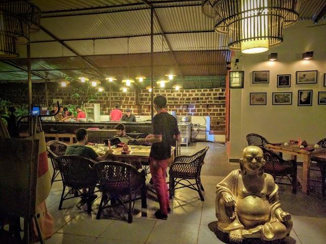 Wok & Roll Restaurant