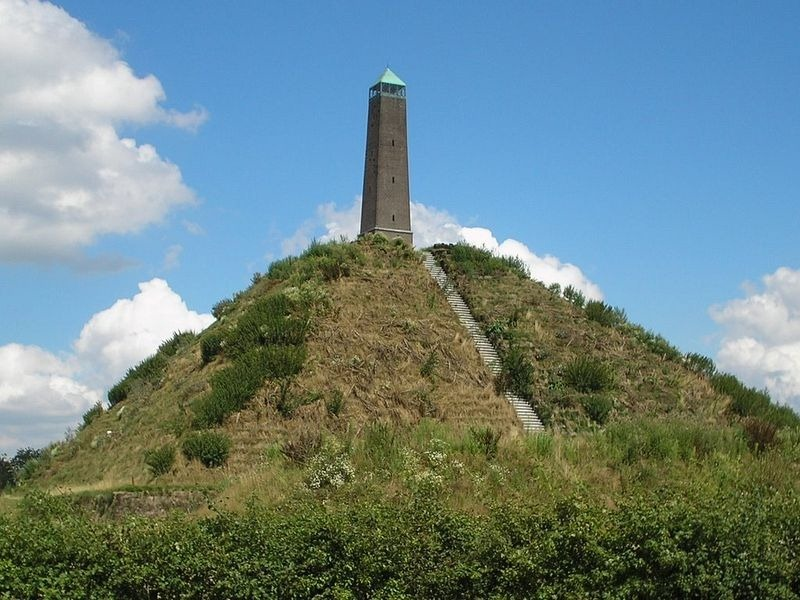 pyramid-of-austerlitz-1